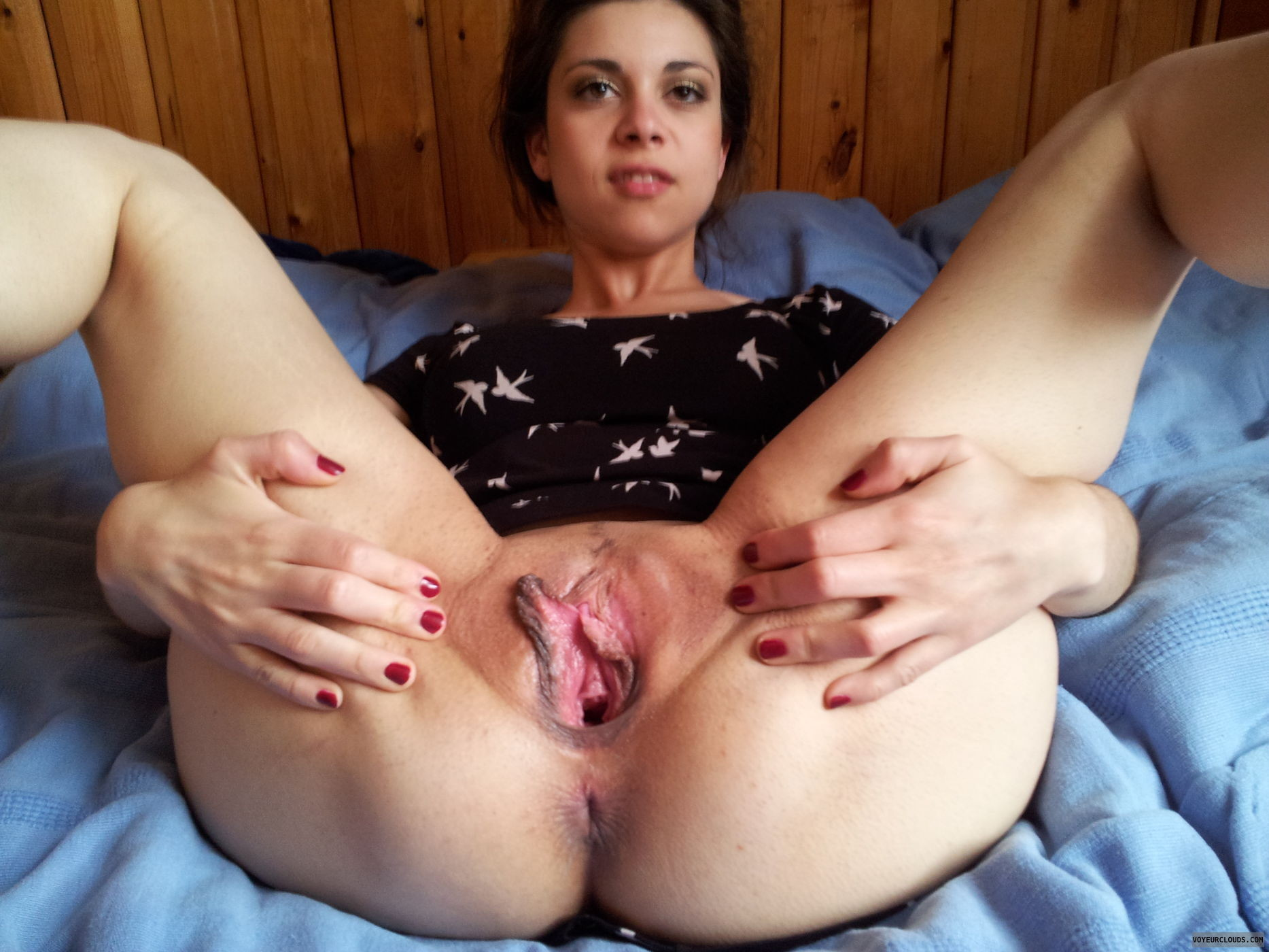 Amateur spreading pussy