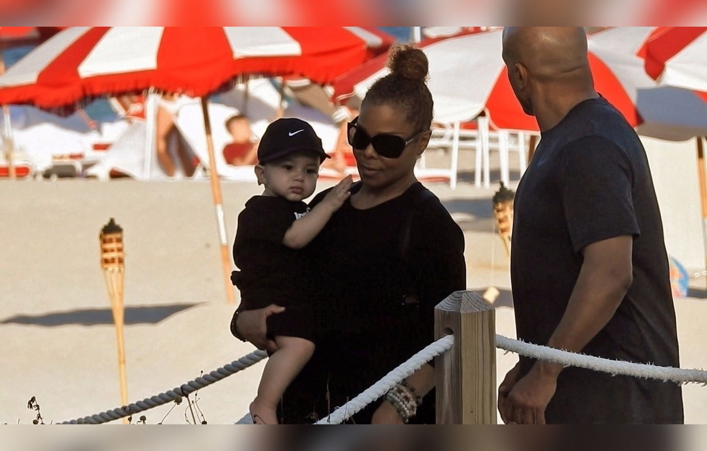 Janet jackson pictures beach