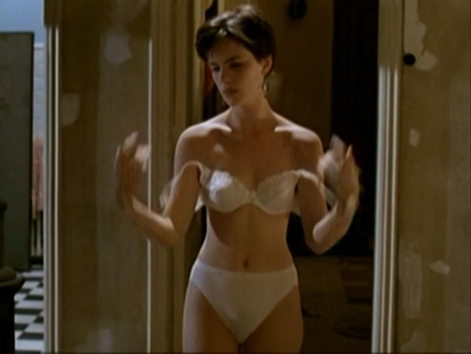 Kate beckinsale naked in a movie